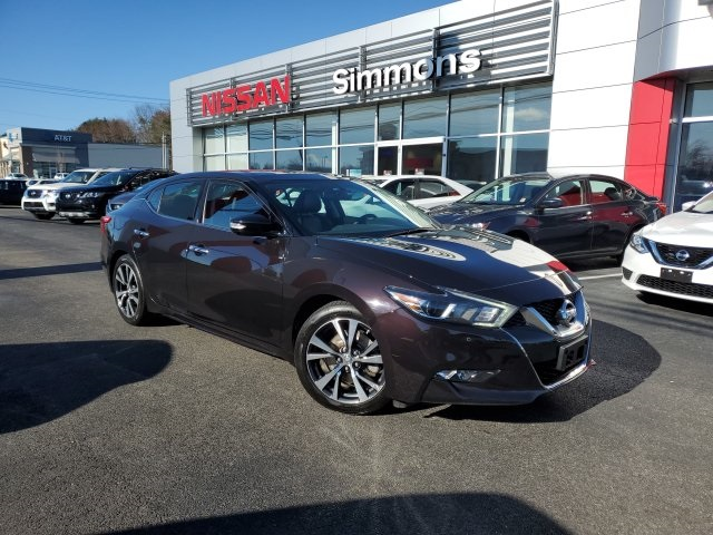 Pre-Owned 2017 Nissan Maxima 3.5 SL